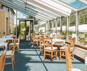 restaurant-01-82d15d1b