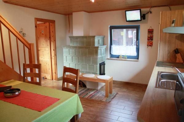 Ferienhaus-mit-Kuechenzeile-und-Ofen-600x400-1